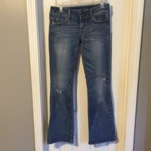 American Eagle Distressed Jeans - Size 4